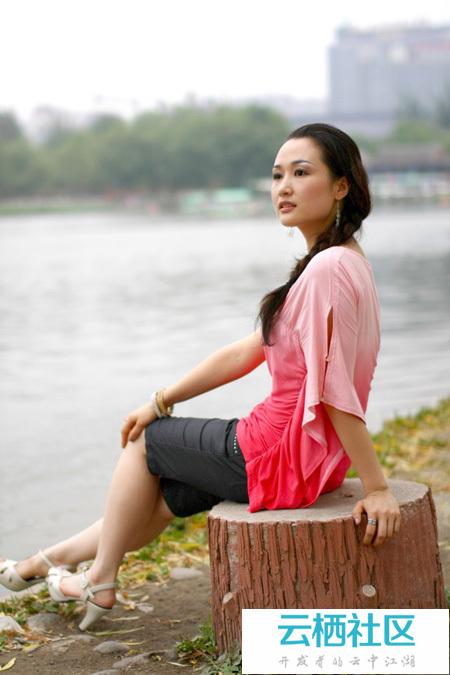 Photoshop给湖边的人物加上暗调暖色晨曦-暗调摄影技巧